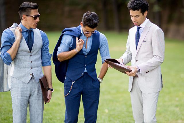 結婚式の新郎衣装にオススメなブルーのスーツ